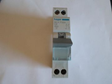 HAGER MLN 706A C6 6 AMP 6KA SINGLE POLE MCB WITH NEUTRAL CIRCUIT BREAKER.